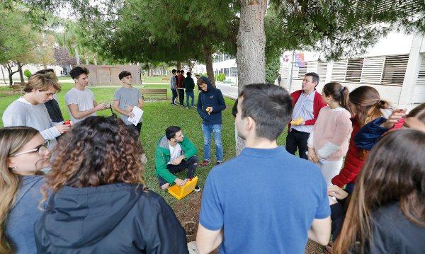 Estudiantes de Ingeniería y Gestión Empresarial de EDEM en la UPV